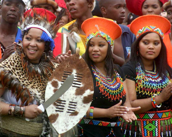 If you would like to be featured on Blushing Makoti  please send your    Zulu Culture Clothing