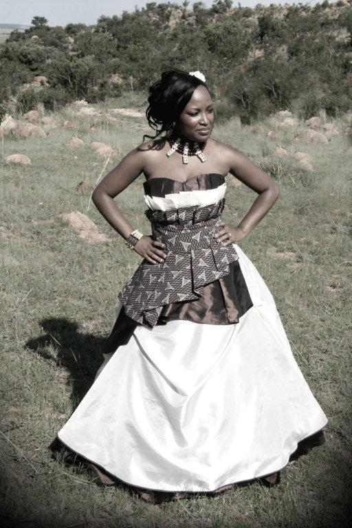 Blushing makoti joy studio design gallery best design for Pictures of traditional wedding dresses