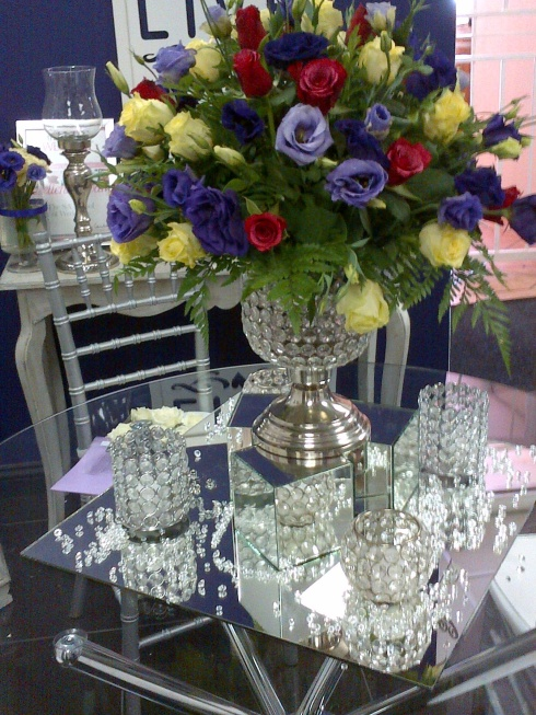 Blushing Makoti Centre Pieces