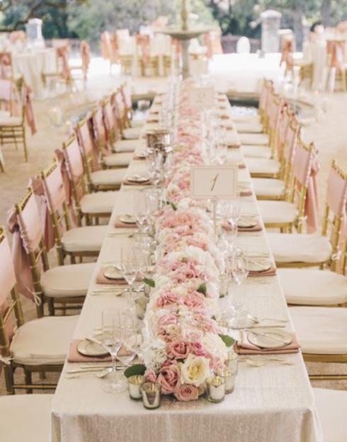 blushing-makoti-table-decor-idea-40