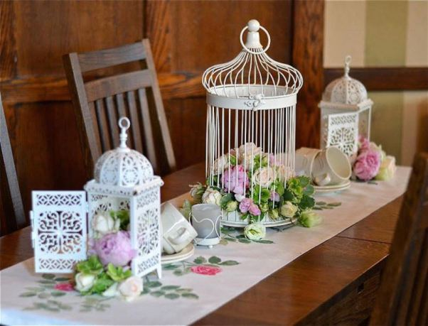 blushing-makoti-table-decor-idea-45