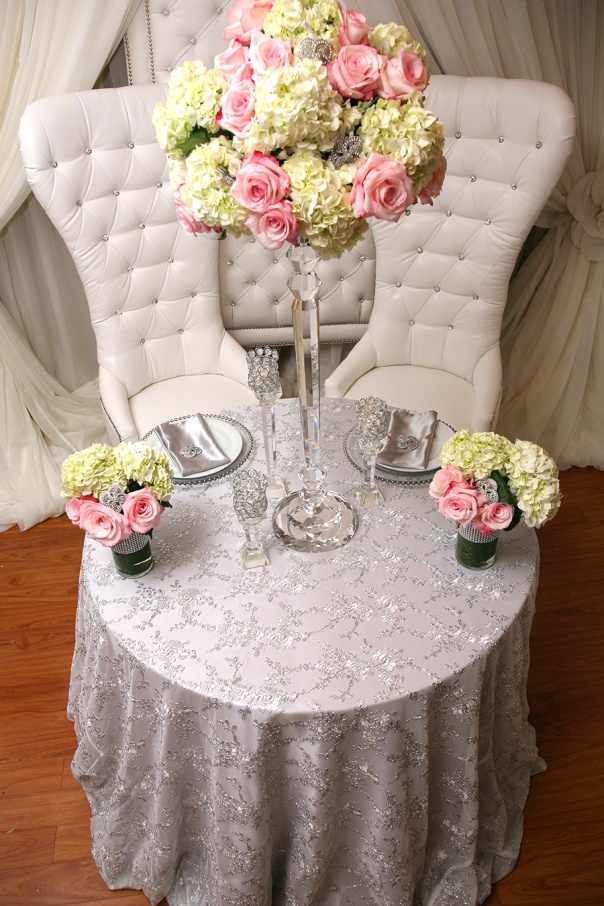 blushing-makoti-table-decor-idea-47
